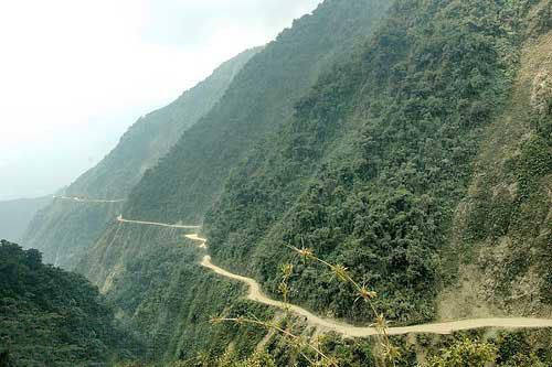 جاده مرگ، خطرناک ترین جاده جهان 164323 576