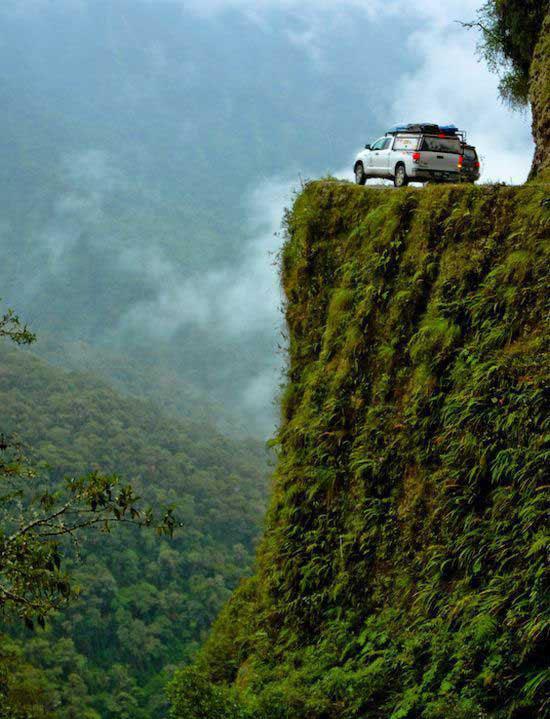 جاده مرگ، خطرناک ترین جاده جهان 164328 230