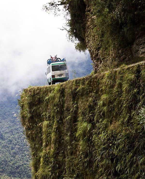 جاده مرگ، خطرناک ترین جاده جهان 164331 865