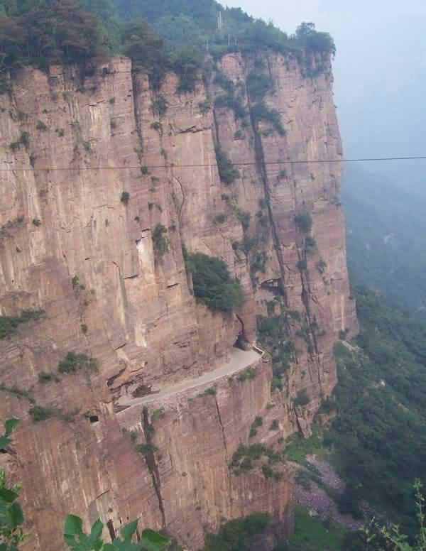 جاده مرگ، خطرناک ترین جاده جهان 164337 399