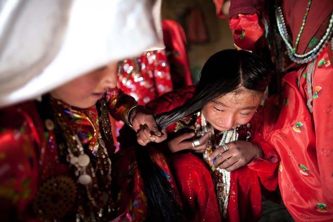 دختر نوجوان افغان