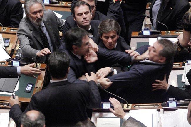 درگیری نمایندگان ایتالیا