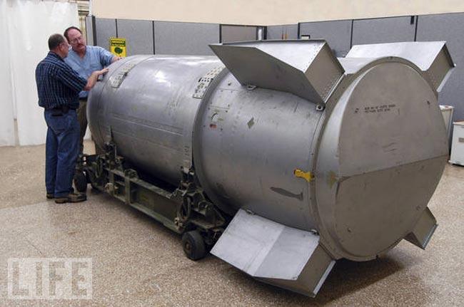 نابودی قویترین بمب اتمی قدیمی آمریکا