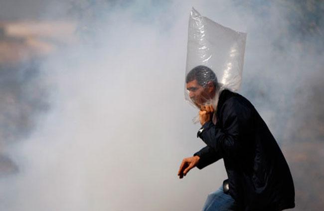 گاز اشک آور