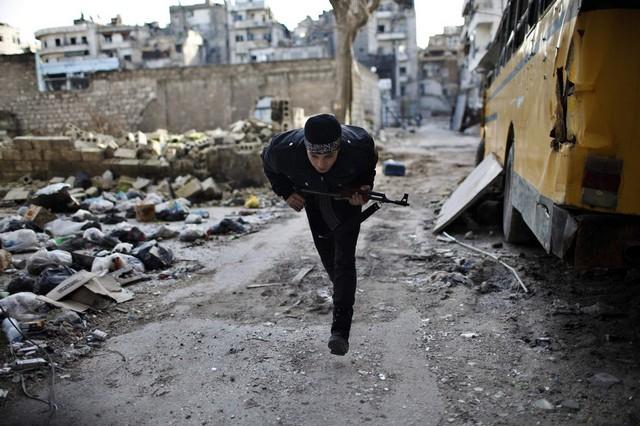 درگیری های نظامی بین مخالفان مسلح و نیروهای ارتش سوریه
