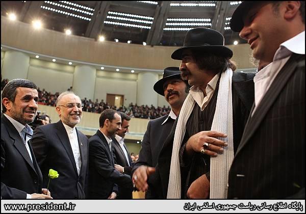 جاهل همدان احمدی نژاد و جاهل ها (عکس)