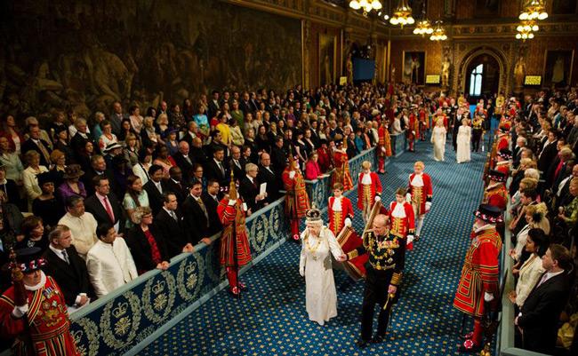 گارد احترام ملکه انگلیس