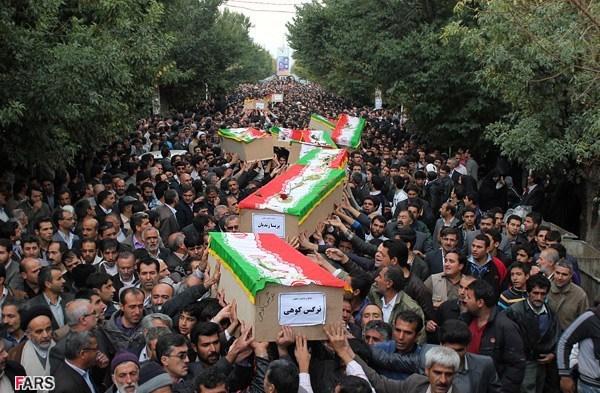 تشییع جنازه دانش آموزان بروجنی