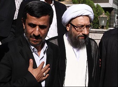 آیت الله آملی لاریجانی و احمدی نژاد