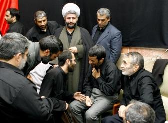 احمدی نژاد و حاج منصور ارضی در ایام خوش!