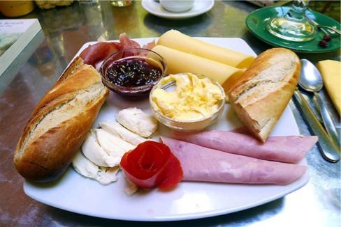 صبحانه کامل بهرتین صبحانه آموزش آشپزی