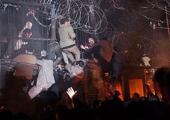 حمله به سفارت دانمارک در تهران