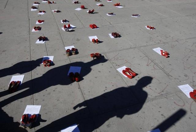 گرامیداشت یاد زنان قربانی خشونت