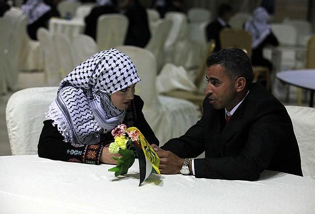 331266 381 - لباس عروس غزه ای ها (+عکس)
