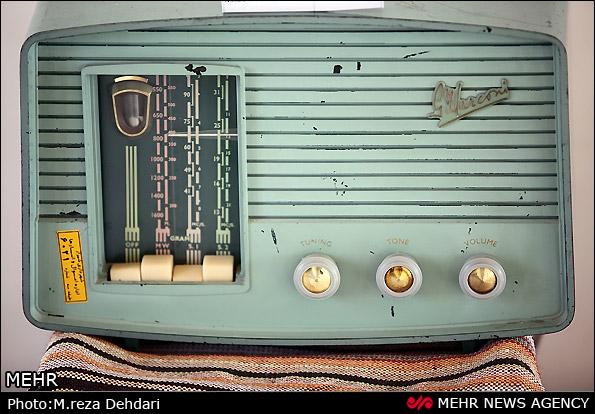 تصویر رادیو قدیمی