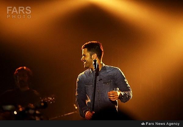 سیروان خسروی در کنسرت