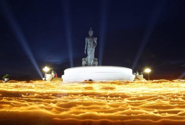 گرامیداشت تولد بودا