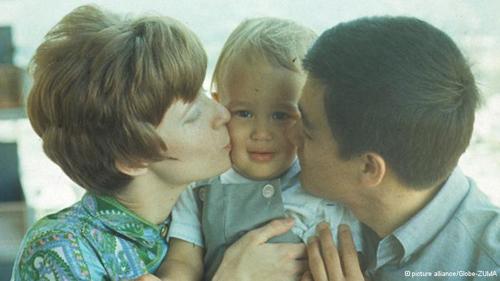 """بازی چشم آبی چهل سال از مرگ """"بروس لی"""" گذشت + عکس"""