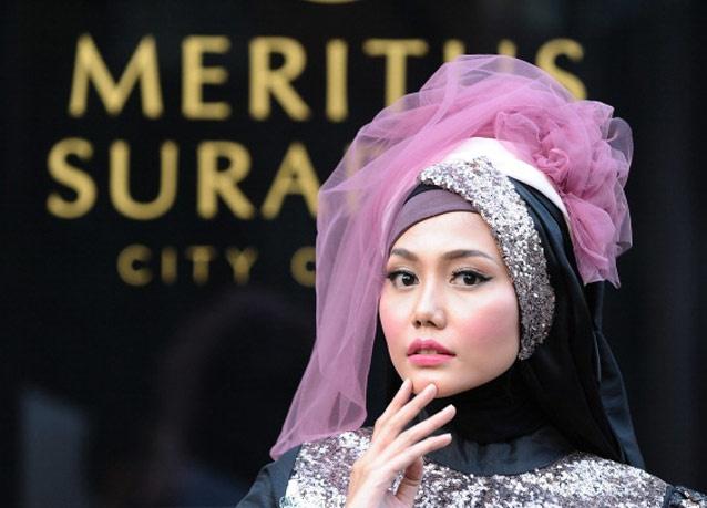 300612 398 - شو لباس زنان محجبه در اندونزی/ تصاویر