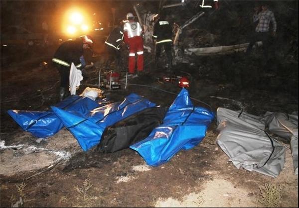 44 کشته در تصادف دو اتوبوس در اتوبان تهران - قم (عکس)