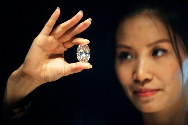 الماس سفید