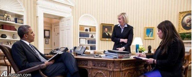 هدیه کریسمس منشی ایرانی - آمریکایی اوباما (عکس)