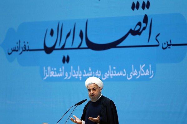 نیویورک تایمز: روحانی عزم خود را برای توافق هسته ای ثابت کرده است