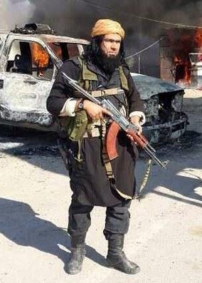 داعش : اعدام علنی ۱۴ جوان به دلیل تماشای فوتبال جام آسیا