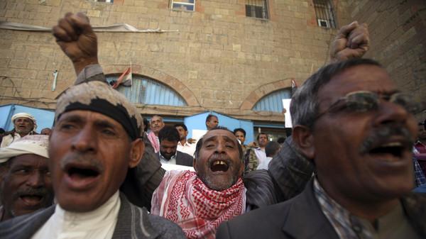 شورای همکاری خلیج فارس: حوثی ها کودتا کرده اند/ باید شورای امنیت دخالت نظامی کند