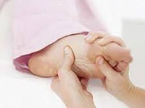 علت گرفتگی عضلات پا