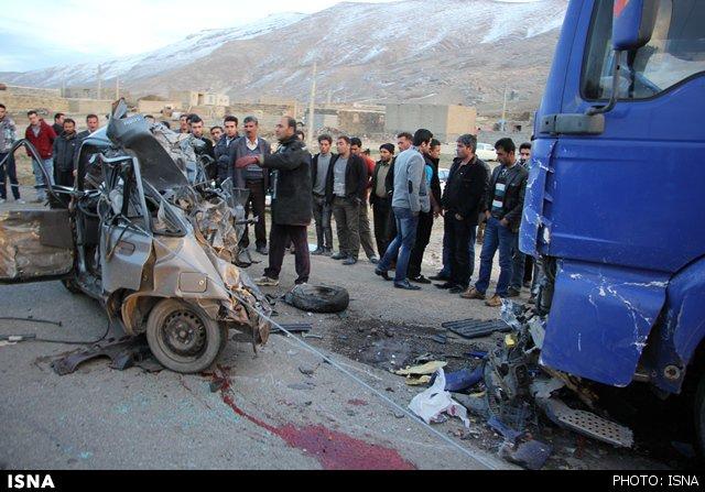 2 کشته در تصادف دلخراش پراید با تریلر اسکانیا