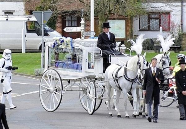 تشییع جنازه عجیب پسر 4 ساله (+ع )
