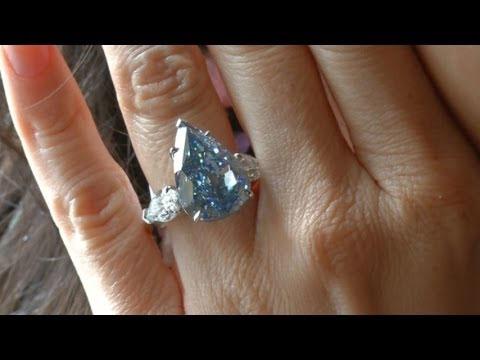 بزرگترین الماس آبی رنگ دنیا (عکس)