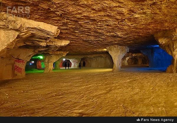 غار سنگ تراشان در استان فارس (عکس)