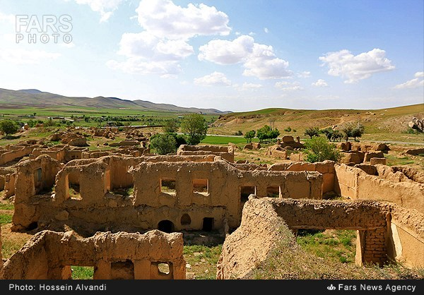 تپه سیاه کمر؛ یکی از آثار ملی همدان (عکس)