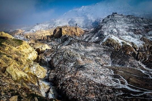 دشتی بوشهر و زیبایی کوه های نمک (عکس)