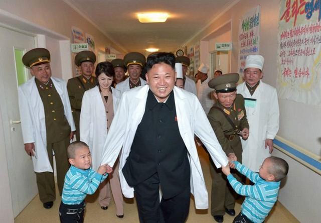 پایان نگرانی رهبر کره شمالی (عکس)