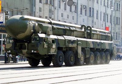 شیء نورانی دیشب شناسایی شد: رد پای موشک های بالستیک روسی در تبریز و ارومیه (+عکس)