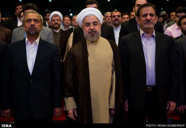 روحانی در جشن انتظار و امید (عکس)