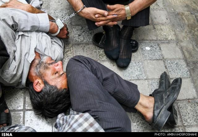 دستگیری سارقان و خرده فروش مواد مخدر - میدان خراسان  تهران (عکس)