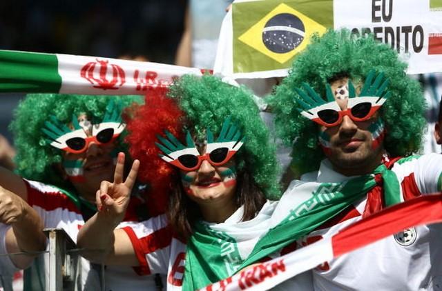 هواداران ایرانی در بازی ایران - آرژانتین (عکس)