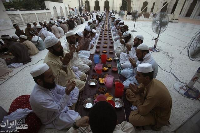 افطاری در مناطق مختلف جهان (عکس)