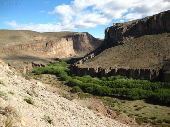 یک غار مرموز و عجیب در آرژانتین (ع )