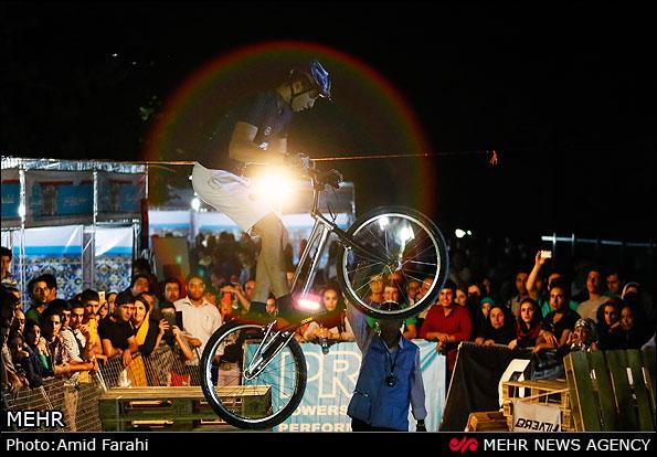 مسابقات دوچرخه سواری تریال - تهران (عکس)