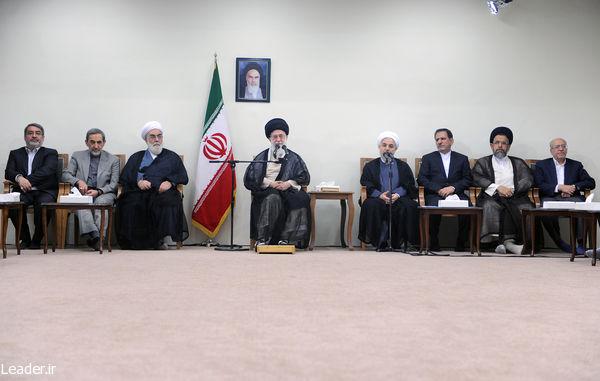 دیدار رئیس جمهور و اعضای هیئت دولت با رهبری (+عکس)
