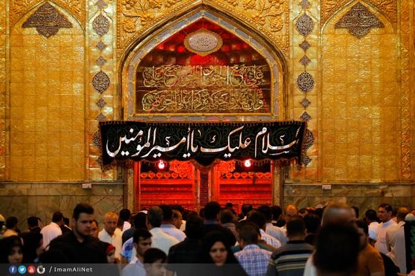 مراسم شب قدر در حرم حضرت علی (عکس)