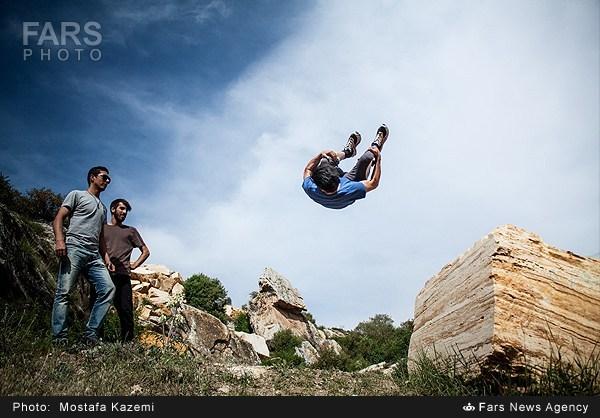 پارکور؛ هنر ورزشکاران در مازندران (عکس)