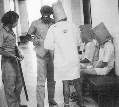 آزمایش زندان استنفورد: معروف-خطرناک-آموزنده (+عکس)