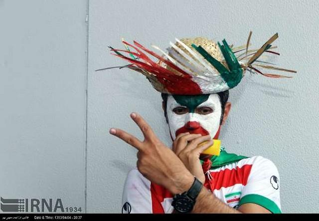 هواداران ایران در برزیل عکس جام جهانی برزیل عکس ایران بوسنی طرفداران ایران در برزیل تماشاگران ایران و بوسنی اخبار جام جهانی برزیل iran fans
