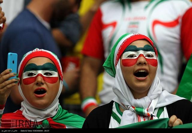 حاشیه های مسابقه ایران و بوسنی (عکس)